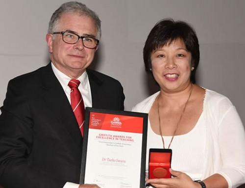 Committee Member,Dr Taeko Imura ,wins 2018 Teacher of the Year award